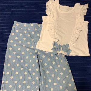 ⭐️Make an offer. Brand New Girls 2 piece Outfit